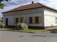 Hajdúböszörménye eladó 400m2-es családi ház jó elrendezés üzlethelyiséggel ingatlan hirdetéshez feltöltött kép