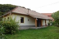 Nekézseny nyugodt falusi környezetben eladó egy 80m2 régi parasztház ingatlan hirdetéshez feltöltött kép