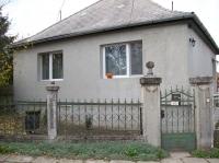 Elcserélném Fehérvárcsurgó központjában 4 szobás 130m2-es családi házam ingatlan hirdetéshez feltöltött kép