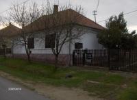 Lengyeltóti eladó 100m2-es családi házas ingatlan 3szoba konyha fürdőszoba ingatlan hirdetéshez feltöltött kép
