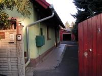 Dunakeszi kiadó családi ház 270m2 6 szoba hosszútávra 2 lakásos ingatlan hirdetéshez feltöltött kép