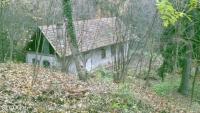 Leányfalu eladó építési telek 1826m2 telek 50m2-es, felújításra váró ház ingatlan hirdetéshez feltöltött kép