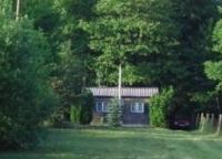 Erdőkertes eladó családi ház 25m2 téliesített faház 1510m2 ősfás telek ingatlan hirdetéshez feltöltött kép