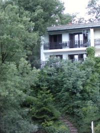 Balatonalmádi Káptalanfüred kiadó 79m2 nyaraló 4 szoba kétszintes ház szállás ingatlan hirdetéshez feltöltött kép