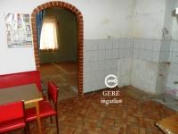 Vác, Kisvác városrészben önálló udvarral eladó 50m2 családi ház ingatlan hirdetéshez feltöltött kép